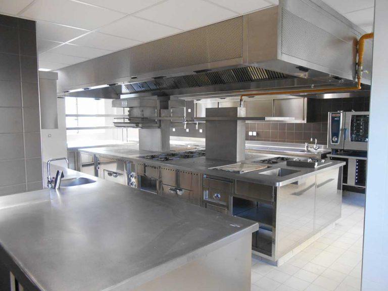 RESTAURATION-CONSEIL-Cuisines-du-restaurant-de-Guy-RC-Savoy-à-la-Monnaie-de-Paris-–-3-étoiles-min